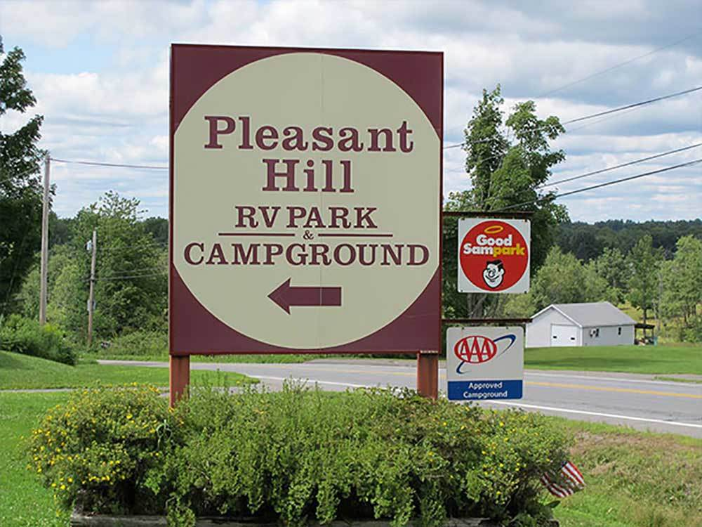 Pleasant hill campground hermon campgrounds good sam club for Nearby campgrounds with cabins