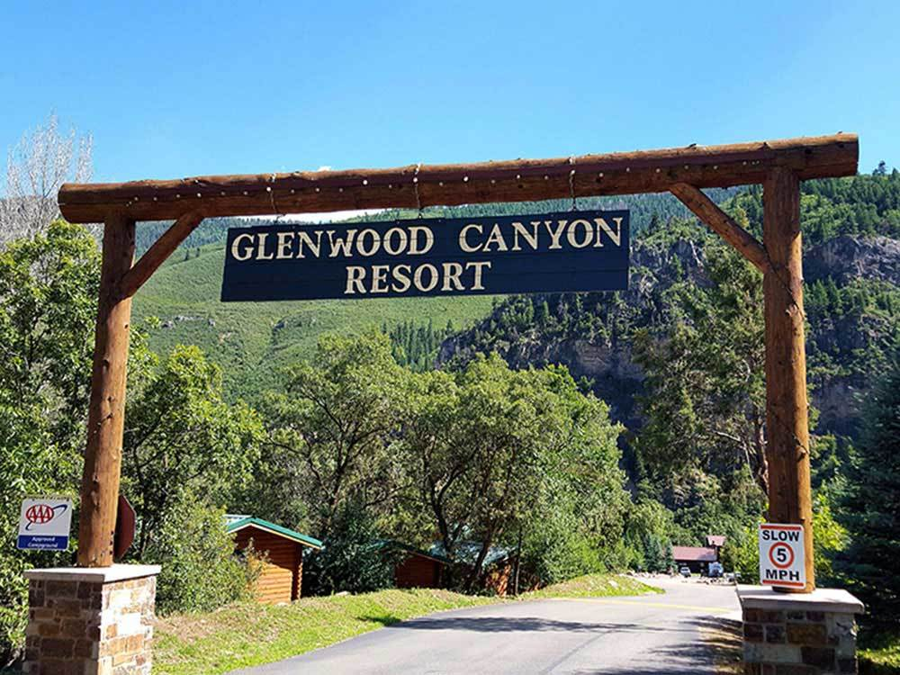 Sign at entrance to RV park at GLENWOOD CANYON RESORT