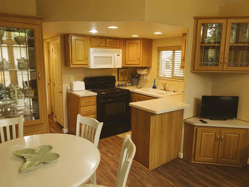 Harmony Lakeside Rv Park And Park Models Silver Creek