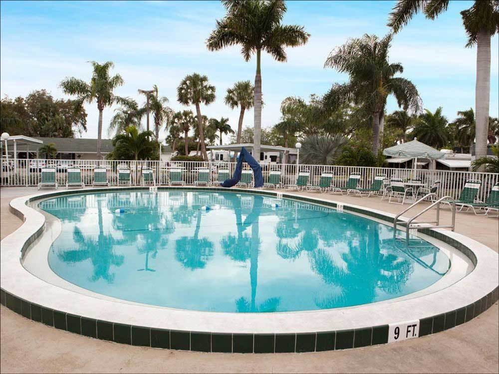 Groves Rv Resort Fort Myers Campgrounds Good Sam Club