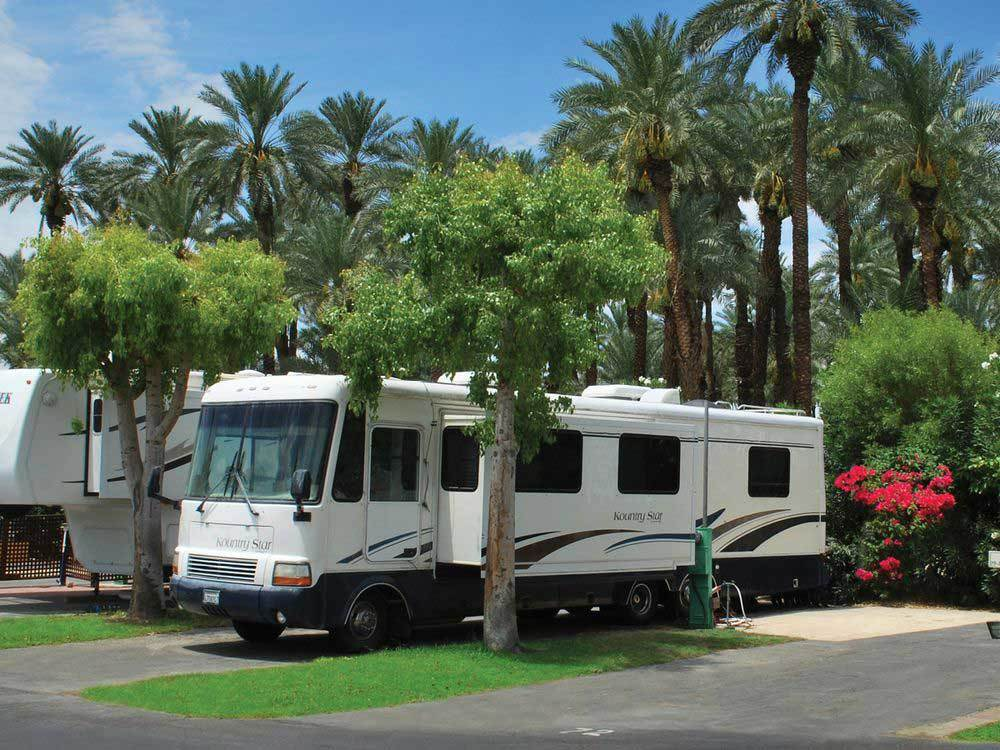 RV and trailer camping at INDIAN WELLS RV RESORT