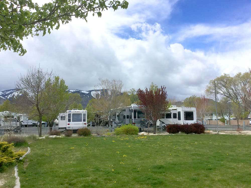 Trailers camping at CAMP-N-TOWN RV PARK