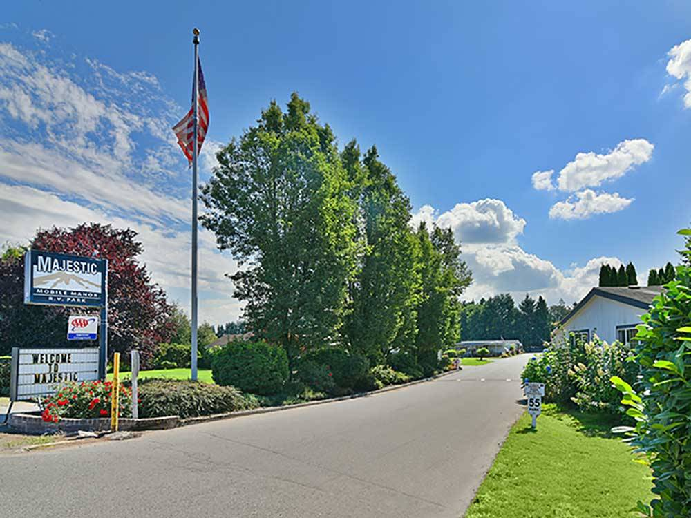 Majestic Mobile Manor Rv Park Mhp Puyallup Campgrounds