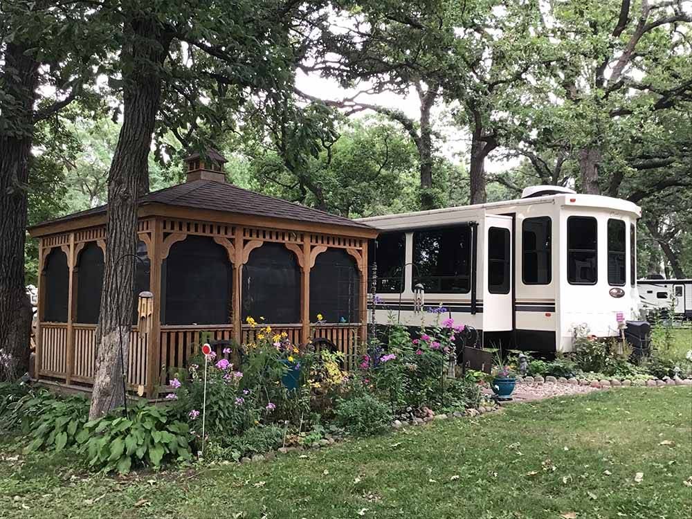 HOPE OAK KNOLL CAMPGROUND at OWATONNA MN