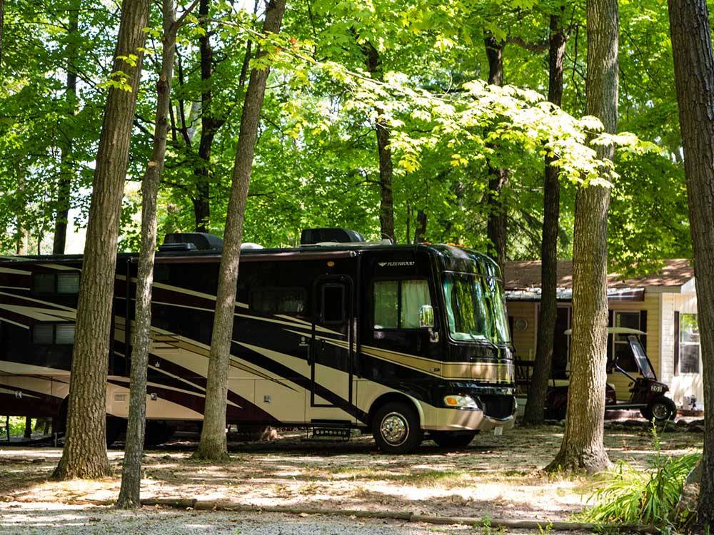 RV camping at PLYMOUTH ROCK CAMPING RESORT