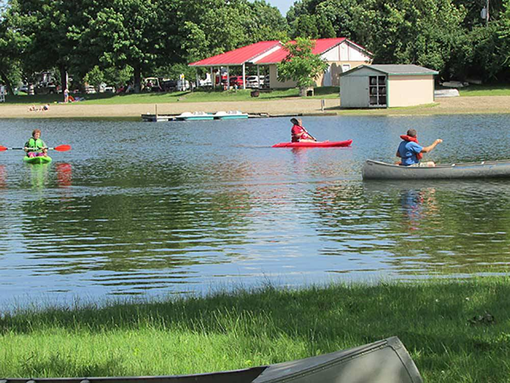Kids kayaking at ENON BEACH CAMPGROUND