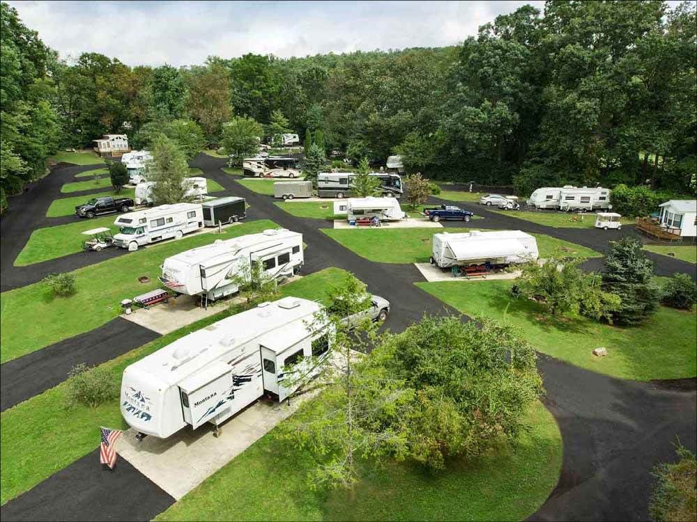 An overview of the RV sites at LAKE IN WOOD RESORT