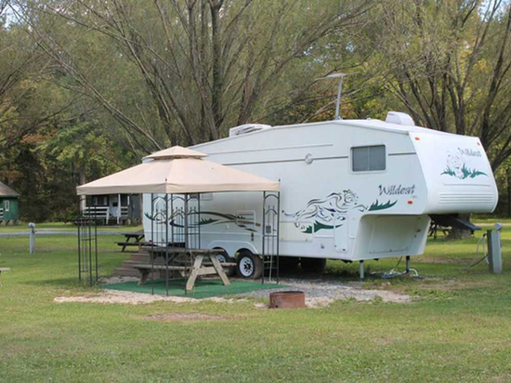 Trailer camping at MOUNTAIN CREEK CAMPGROUND