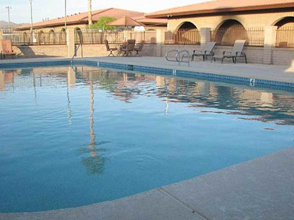 Swimming pool at campgrounds at LEAF VERDE RV RESORT