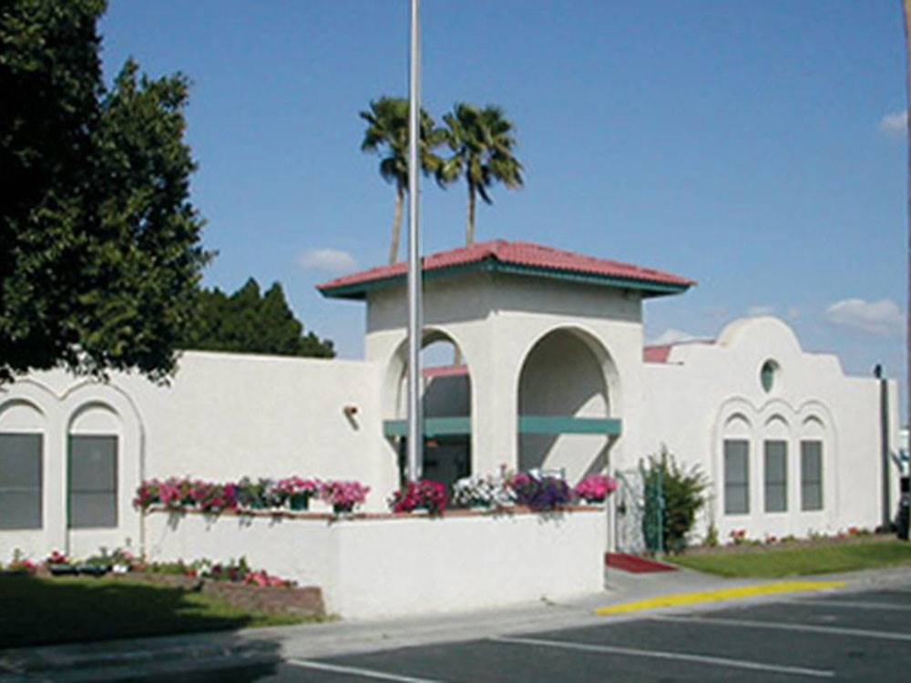 Lodging at VILLA ALAMEDA RV RESORT