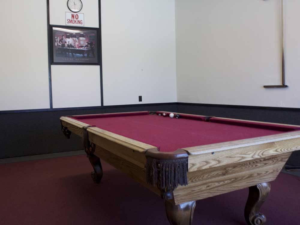DESERT WILLOW RV RESORT At HESPERIA CA