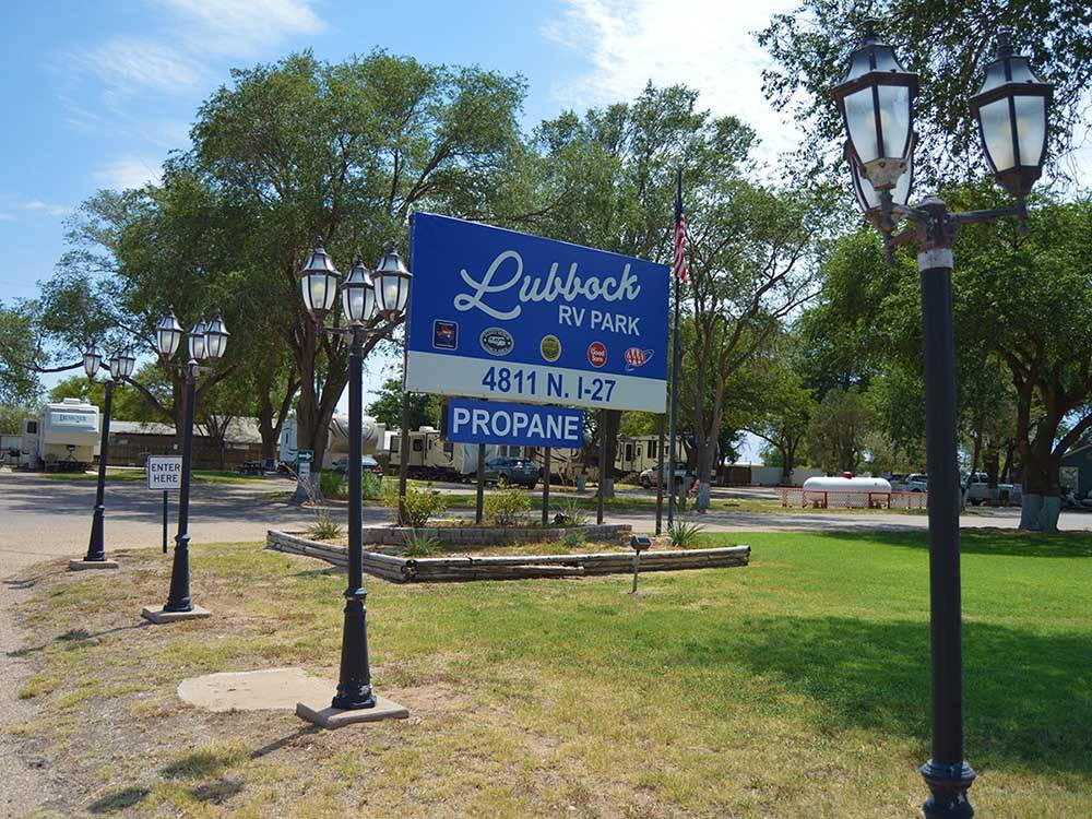 Entrance sign to park at LUBBOCK RV PARK