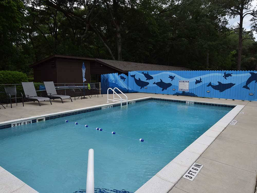 Sign at entrance to RV park at TALLAHASSEE RV PARK