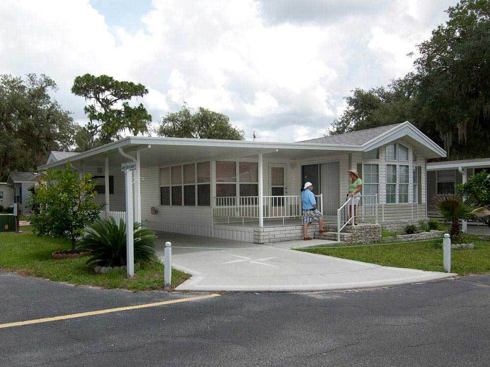 SOUTHERN CHARM RV RESORT At ZEPHYRHILLS FL
