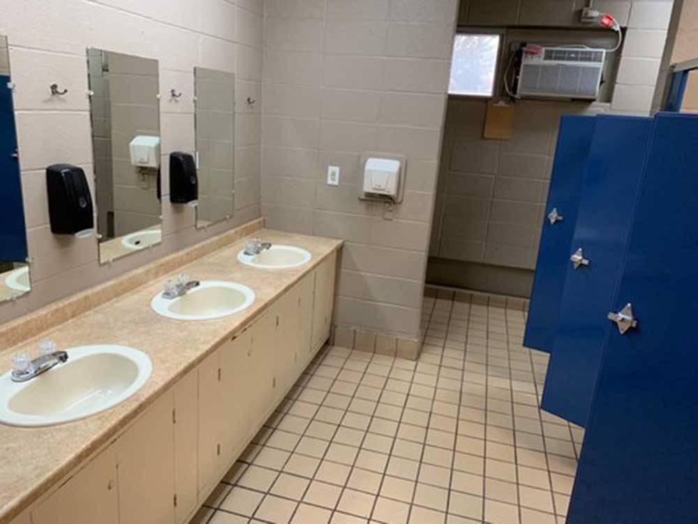 Memphis Graceland Rv Park Campground Memphis Campgrounds