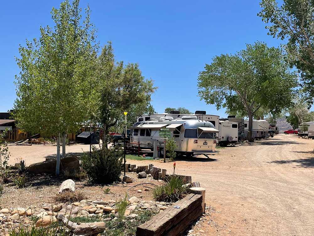 RVs and trailers at campgrounds at CANYONS OF ESCALANTE RV PARK