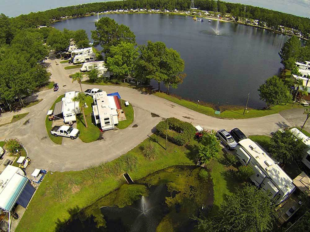 FLAMINGO LAKE RV RESORT at JACKSONVILLE FL