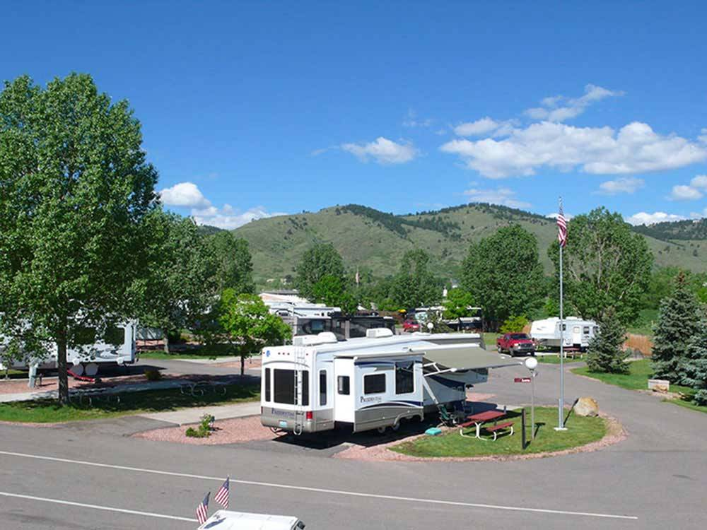 Trailers camping at DAKOTA RIDGE RV RESORT