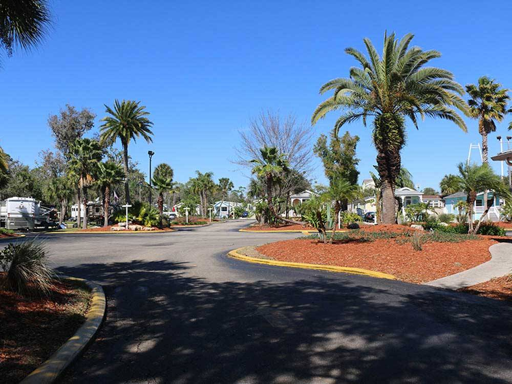 TROPICAL PALMS RV RESORT at KISSIMMEE FL