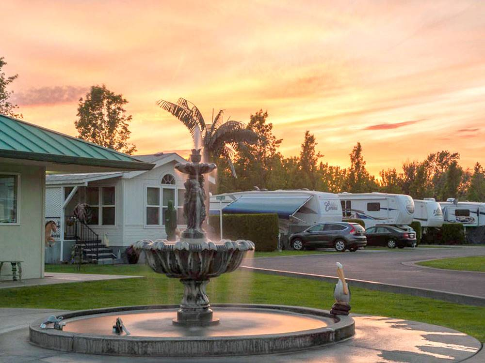 Four Seasons Rv >> Rv Resort Four Seasons Walla Walla Campgrounds Good Sam Club