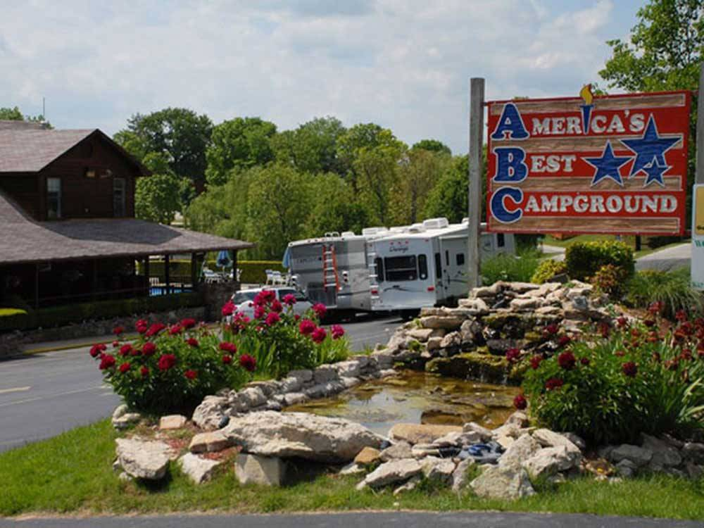 Sign at entrance to RV park at AMERICAS BEST CAMPGROUND
