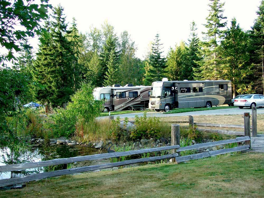 RVs camping on the water at ELWHA DAM RV PARK