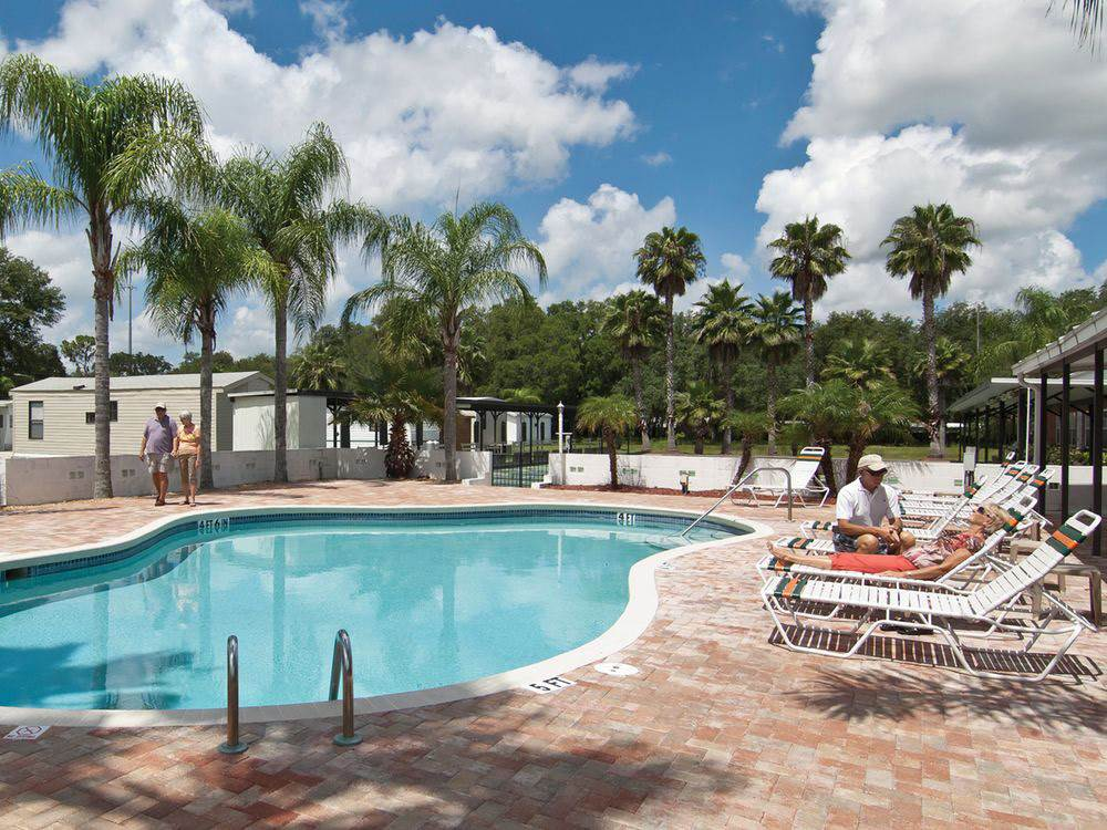 GLEN HAVEN RV RESORT at ZEPHYRHILLS FL