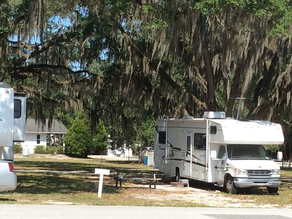 SHADY BROOK GOLF RV RESORT At SUMTERVILLE