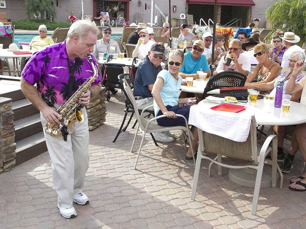 Saxophone player on the patio at TOWERPOINT RESORT