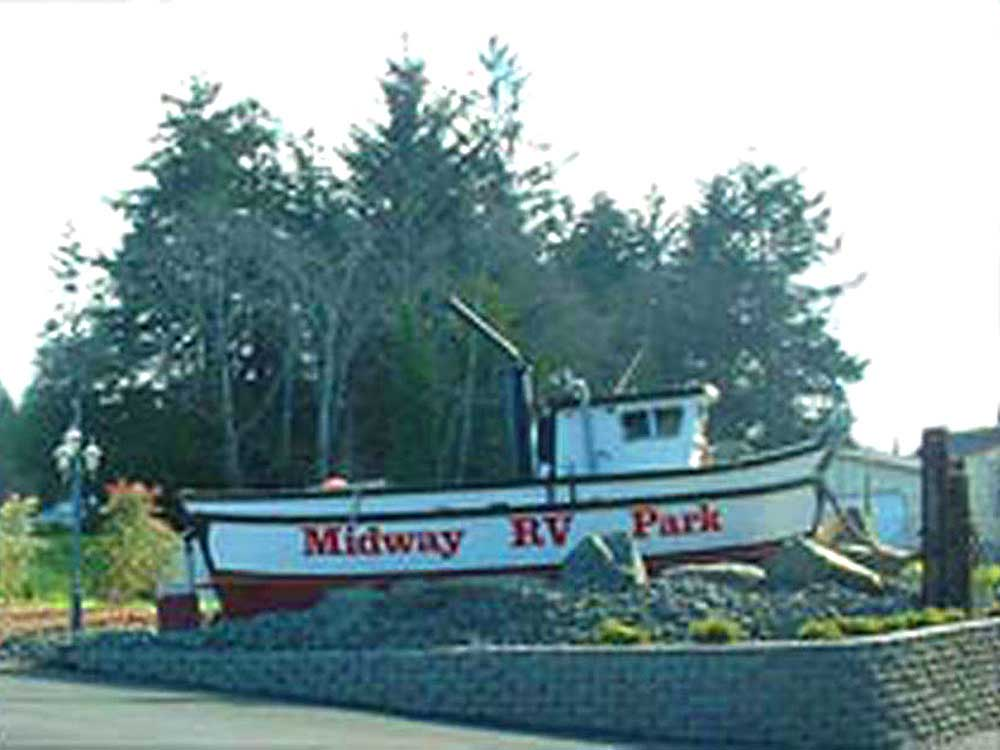 Boat office at MIDWAY RV PARK