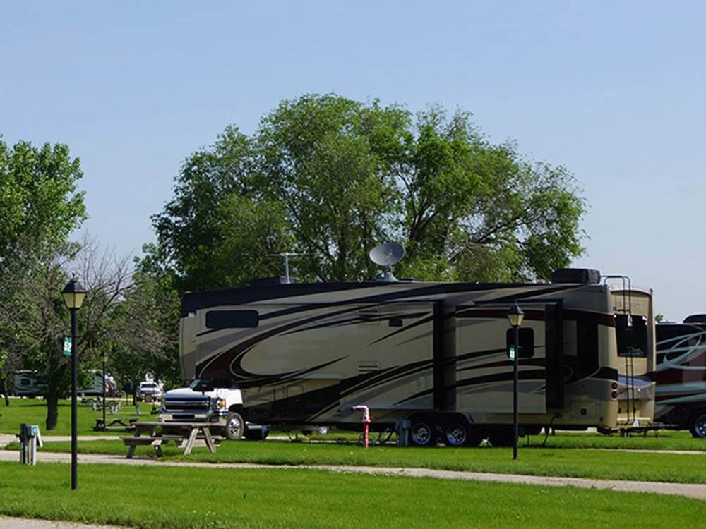Trailer camping at RV PARK AT HOLLYWOOD CASINO JOLIET