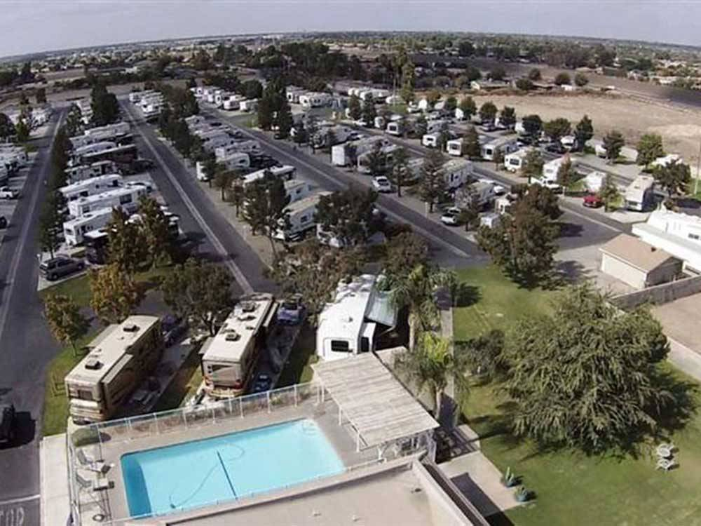 A COUNTRY RV PARK at BAKERSFIELD CA