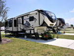 View larger image of PEARWOOD RV PARK at PEARLAND TX image #1