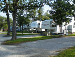 View larger image of Trailers camping at BENNETTS RV RANCH image #10