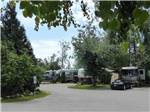 View larger image of RVs and trailers camping at COTTONWOOD MEADOWS RV COUNTRY CLUB image #3