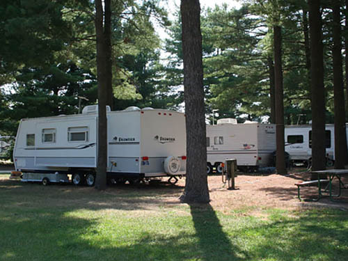 EBYS PINES RV PARK & CAMPGROUND at BRISTOL, IN