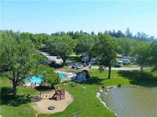 SLEEPY HOLLOW RV PARK & CAMPGROUND/MHP at OXFORD, IA