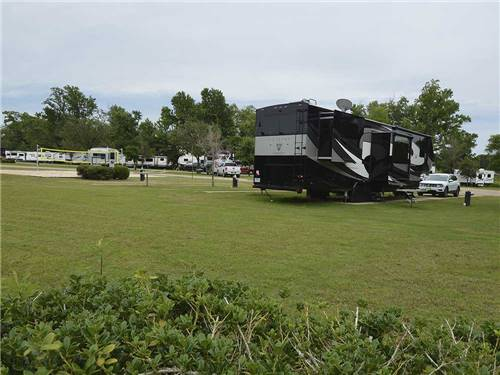 BUSHMANS RV PARK at BULLARD, TX