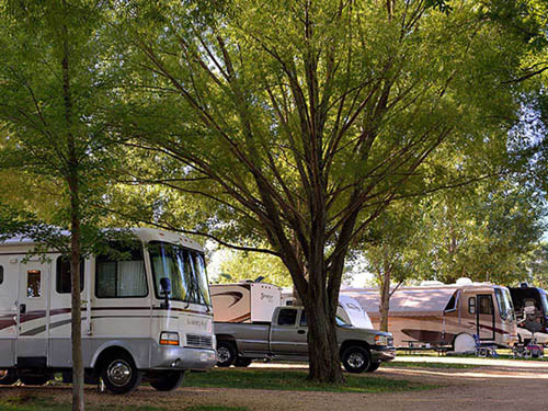 RUSTIC BARN CAMPGROUND & RV PARK at KEILER, WI