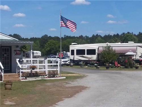 CATHEAD CREEK RV PARK at DARIEN, GA
