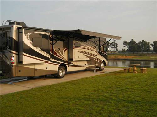 LAKE OSPREY RV RESORT at ELBERTA, AL