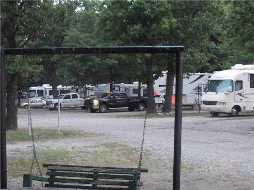 BEAGLE BAY RV HAVEN & CAMPGROUND at SARCOXIE, MO