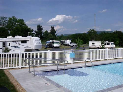 SHENANDOAH VALLEY CAMPGROUND at MOUNT JACKSON, VA