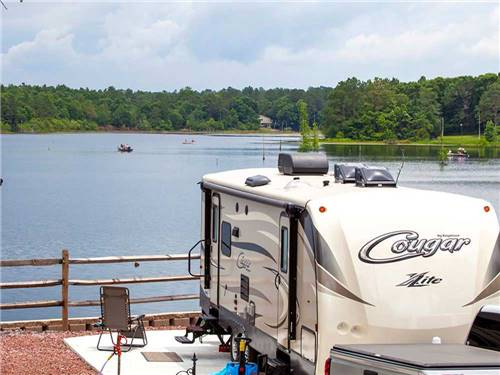 TWIN LAKES CAMP RESORT at DEFUNIAK SPRINGS, FL