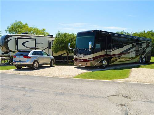 SHADY CREEK RV PARK AND STORAGE at AUBREY, TX