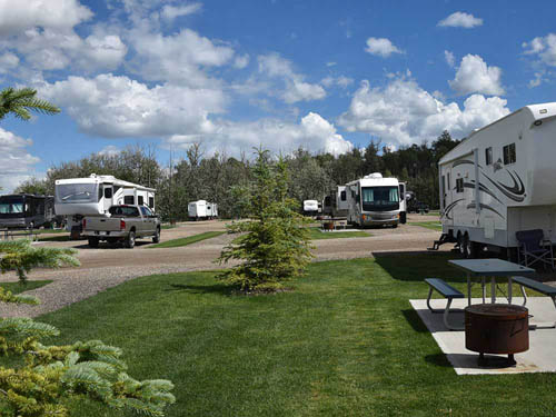 DIAMOND GROVE RV CAMPGROUND at EDMONTON, AB