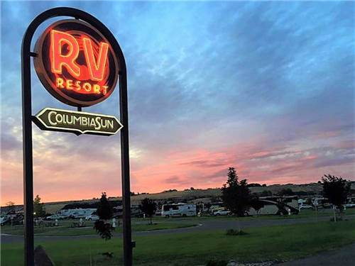 COLUMBIA SUN RV RESORT at KENNEWICK, WA
