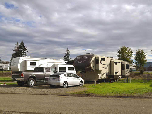 MEADOWLARK RV PARK at CRESWELL, OR