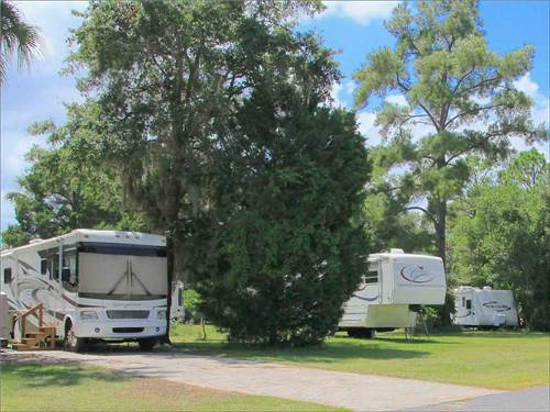 ROCK CRUSHER CANYON RV RESORT at CRYSTAL RIVER, FL