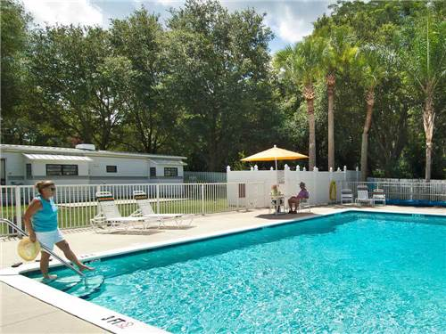 WATERS EDGE RV RESORT at ZEPHYRHILLS, FL